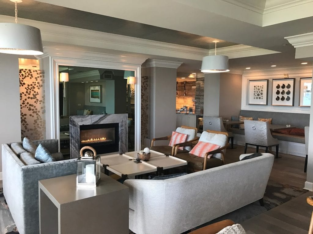 Ritz-Carlton Half Moon Bay Club Lounge